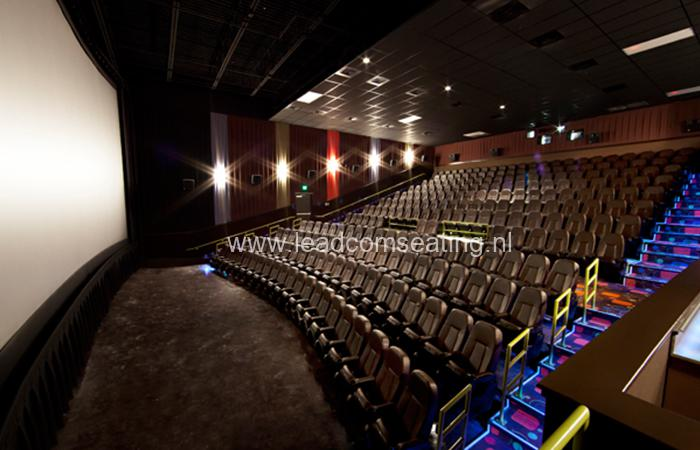 leadcom-cinema-seating-installation-Cinergy-cinema