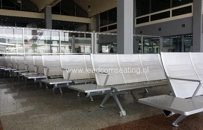 Aden-airport-Yeman-LS-530L-1-1