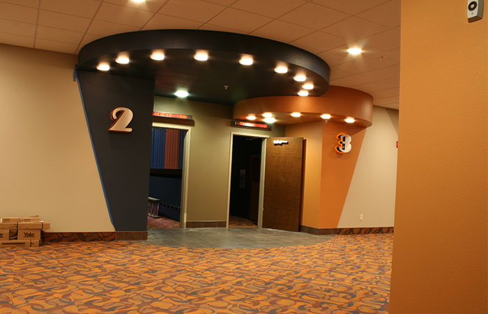 leadcom cinema seating installation GATE WAY CINEMA 1