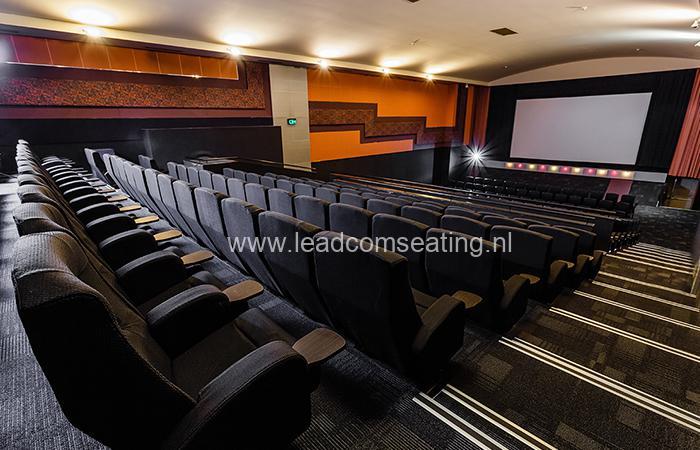 leadcom cinema seating installation Paradiso cinema 1