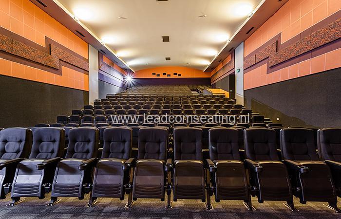 leadcom cinema seating installation Paradiso cinema 2