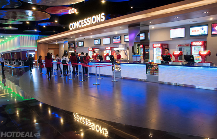 leadcom cinema seating installation Platinum Cineplex 2