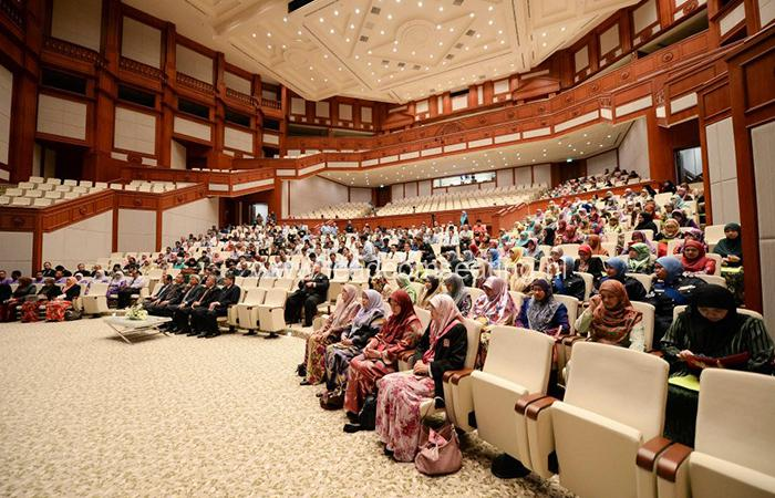 leadcom seating auditorium seating installation Prime Minister's Office Building 2