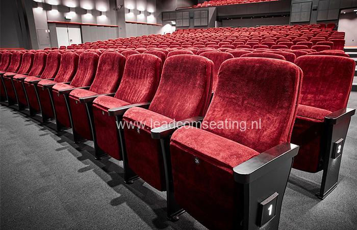 leadcom seating auditorium seating installation Slagelse Theater 3